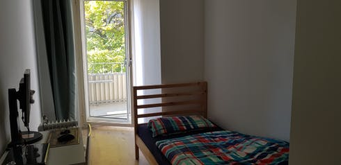 Private room for rent from 30 Jun 2019 (Ringbahnstraße, Berlin)