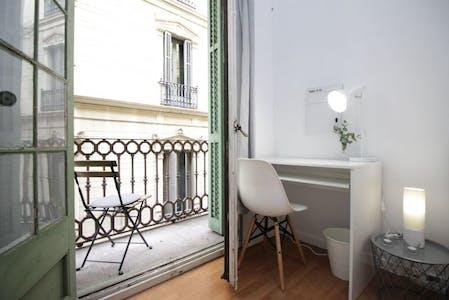 WG-Zimmer zur Miete ab 31 März 2020 (Via Laietana, Barcelona)
