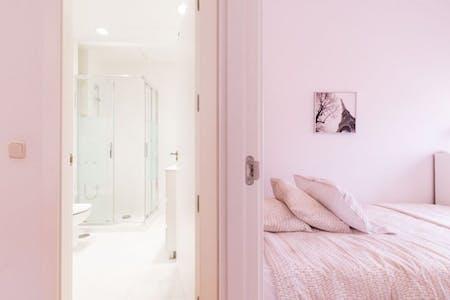 Apartment for rent from 01 Jan 2019 (Avenida de Brasil, Madrid)