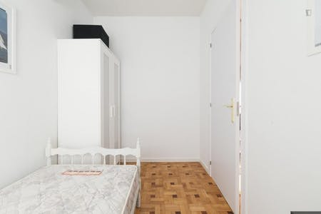 Apartment for rent from 01 Aug 2019 (Calle de Alcántara, Madrid)