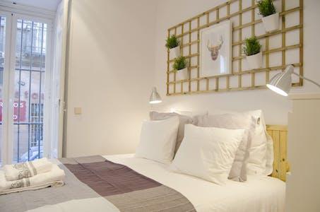 Wohnung zur Miete ab 01 März 2020 (Calle de San Bernardino, Madrid)