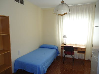 Private room for rent from 01 Feb 2020 (Calle Damasco, Córdoba)