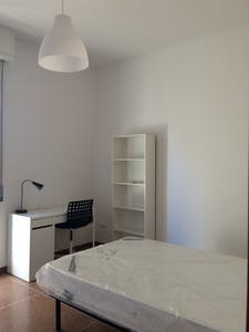 Private room for rent from 01 Jun 2019 (Via Fossolo, Bologna)