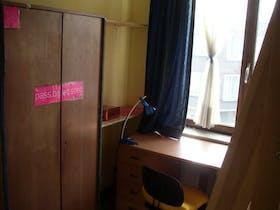 Private room for rent from 08 Jul 2019 (Avenue de la Couronne, Ixelles)