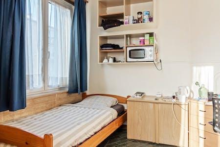 WG-Zimmer zur Miete ab 11 Sep. 2020 (Avenue de la Couronne, Ixelles)