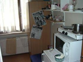 Private room for rent from 27 Apr 2019 (Avenue de la Couronne, Ixelles)