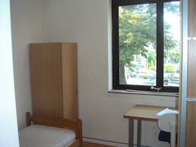 Private room for rent from 16 Sep 2019 (Avenue de la Couronne, Ixelles)