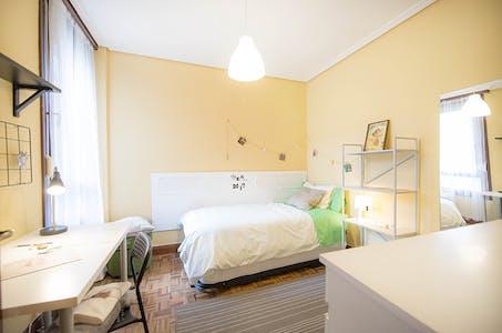 合租房间租从01 10月 2018 (Calixto Diez Kalea, Bilbao)