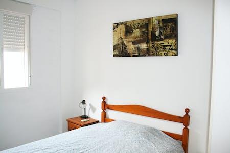 Private room for rent from 17 Aug 2019 (Calle Alhondiga, Sevilla)
