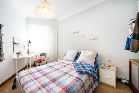 Quarto privativos para alugar desde 01 ago 2020 (Recalde Zumarkalea, Bilbao)
