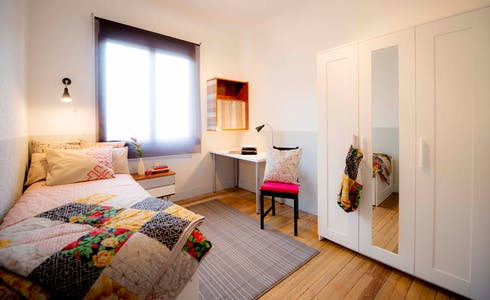 Room for rent from 01 Jul 2018 (Kristo Kalea, Bilbao)