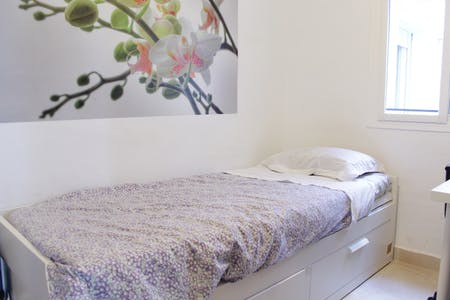 Habitación privada de alquiler desde 01 Jul 2020 (Calle Guadalupe, Sevilla)