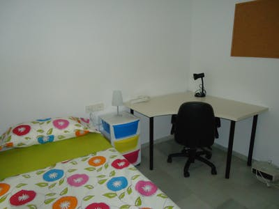 Private room for rent from 01 Feb 2020 (Calle Antonio Maura, Córdoba)