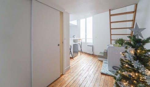 Private room for rent from 12 Jul 2019 (Rue des Rigondes, Bagnolet)