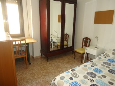 Private room for rent from 31 Jan 2020 (Plaza de la Costa del Sol, Córdoba)
