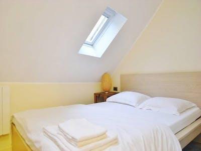Apartamento para alugar desde 01 mar 2020 (Rue des Ecouffes, Paris)