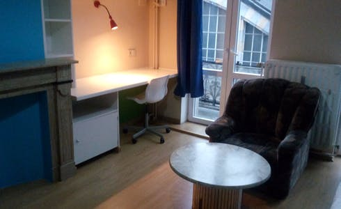 Room for rent from 01 Jan 2019 (Rue de la Constitution, Schaerbeek)