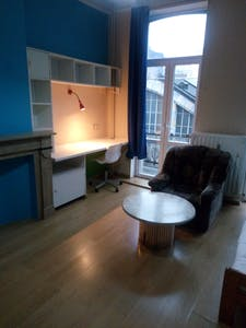 Apartment for rent from 01 Apr 2019 (Rue de la Constitution, Schaerbeek)