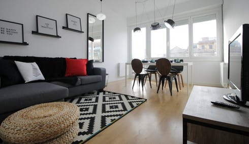 Room for rent from 01 Aug 2018 (Avinguda del Príncep d'Astúries, Barcelona)