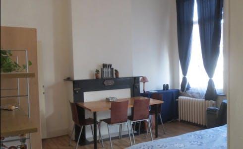 Studio for rent from 07 Feb 2018 (Rue d'Ecosse, Saint-Gilles)