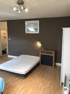 Apartamento para alugar desde 01 Mar 2020 (Rue Hydraulique, Saint-Josse-ten-Noode)