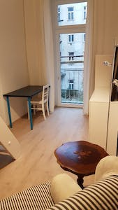 Apartment for rent from 19 Feb 2019 (Untere Weißgerberstraße, Vienna)