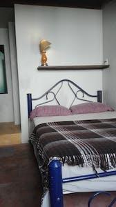 Private room for rent from 02 Jun 2019 (Calle San Felipe, Guadalajara)