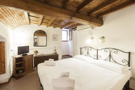 Appartement te huur vanaf 05 apr. 2020 (Via Lambertesca, Florence)