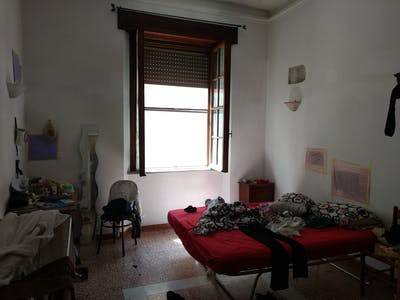 Private room for rent from 23 Dec 2019 (Largo Ciro Menotti, Pisa)
