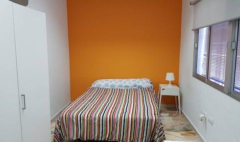 Privatzimmer zur Miete von 01 Juli 2019 (Calle Porvenir, Sevilla)