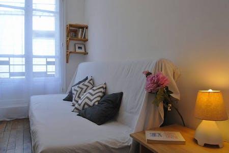 Appartement à partir du 21 janv. 2019 (Rue de Dunkerque, Paris)