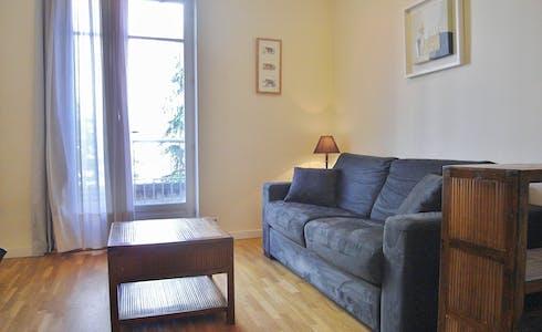 Apartamento para alugar desde 23 mai 2018 (Rue Euler, Paris)