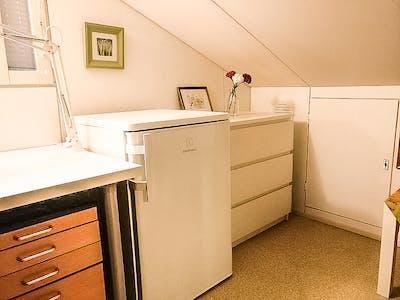 Private room for rent from 16 Dec 2019 (Vanha Turuntie, Espoo)