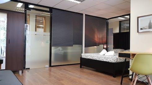 Privé kamer te huur vanaf 16 Feb 2020 (Agiou Meletiou, Athens)