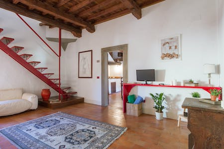 Apartment for rent from 01 Oct 2018 (Via dello Sprone, Florence)