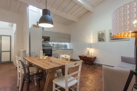Appartement te huur vanaf 22 jan. 2019 (Piazza del Mercato Centrale, Florence)