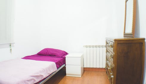Room for rent from 21 Sep 2018 (Paseo del General Martínez Campos, Madrid)
