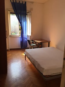 Room for rent from 18 Nov 2018 (Piazzale degli Eroi, Roma)