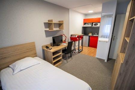 Wohnung zur Miete ab 21 Mai 2020 (Rue du Champ de Mars, Reims)