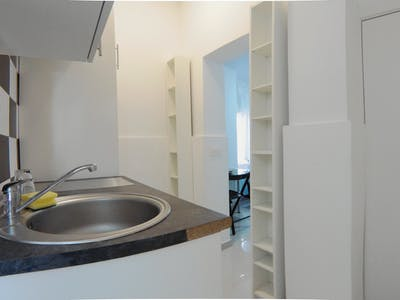Private room for rent from 18 Jan 2019 (Calle de Leñeros, Madrid)