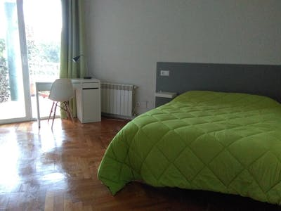 Private room for rent from 25 May 2019 (Paseo Marqués de Monistrol, Madrid)
