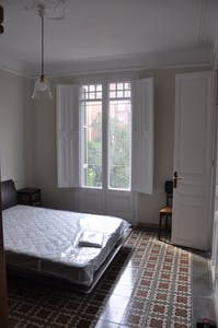Private room for rent from 01 Jul 2019 (Carrer de Ballester, Barcelona)