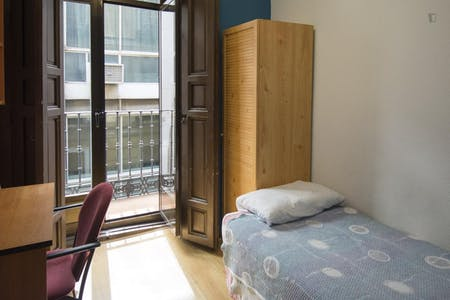 Chambre à partir du 01 Jul 2019 (Calle de Chinchilla, Madrid)