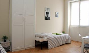 Room for rent from 01 Oct 2018 (Via Vespri Siciliani, Milano)