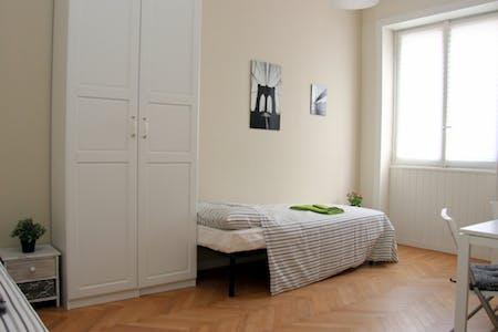 Private room for rent from 21 Dec 2019 (Via Vespri Siciliani, Milano)