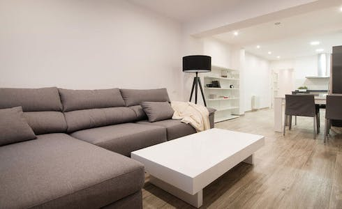 Apartment for rent from 30 May 2018 (Carrer de Berna, Barcelona)