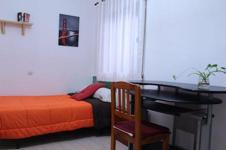 Private room for rent from 22 Jul 2019 (Calle Recogidas, Granada)