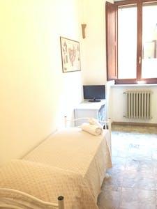 合租房间租从20 8月 2018 (Via del Porrione, Siena)