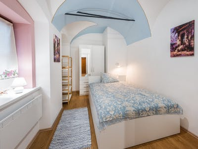 Apartamento para alugar desde 01 Oct 2019 (Križevniška ulica, Ljubljana)