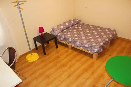 Private room for rent from 05 Jul 2020 (Calle Mesonero Romanos, Madrid)
